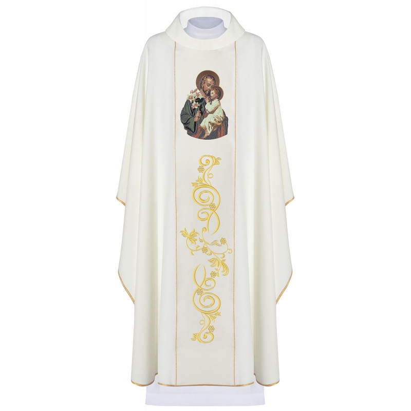 Embroidered chasuble with an image of St. Joseph (3)