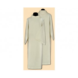 Clergy alb with hood, wide pleats (32)