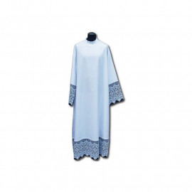 Clergy alb with decorative guipure and black lining (29)