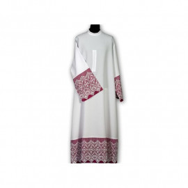 Clergy alb with decorative guipure and color lining (37)