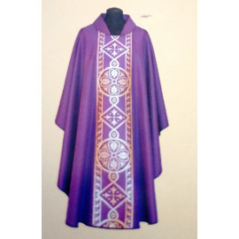 Embroidered chasuble (27A)