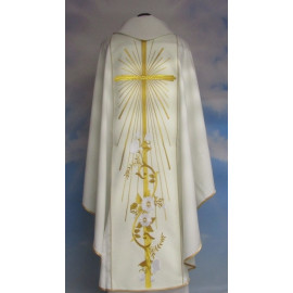 Wedding chasuble with a wide waist