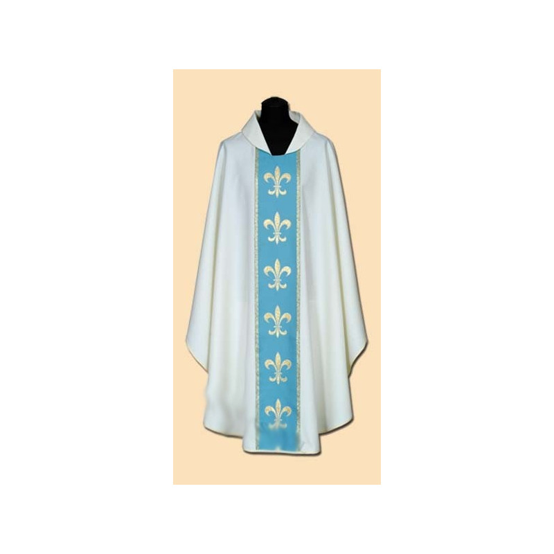 Marian Chasuble (17A)