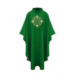 Chasuble with symbol IHS - green