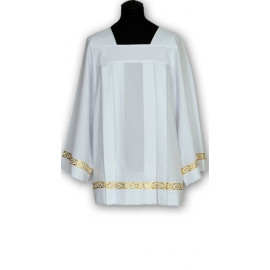 Surplice stretch with gold tape