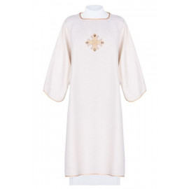 Dalmatics embroidered cross decorated with stones (14)