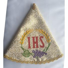 Embroidered ciborium veil (7)