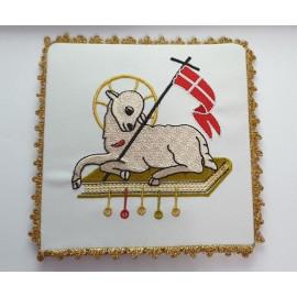 White pall Lamb of Prey (1)