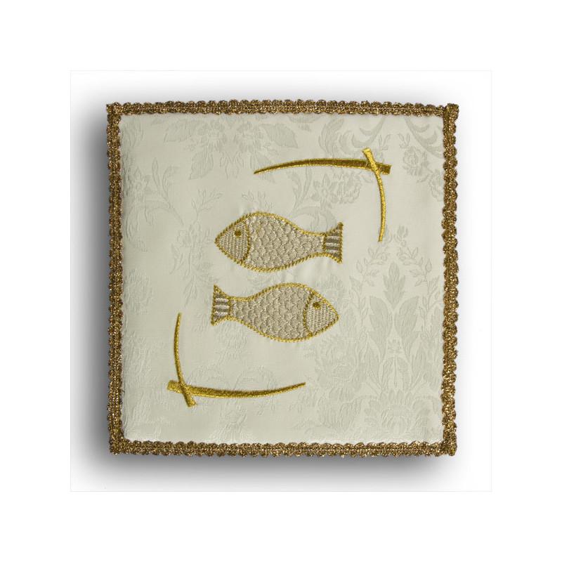 "Chalice pall ecru ""Fish"" (30)"
