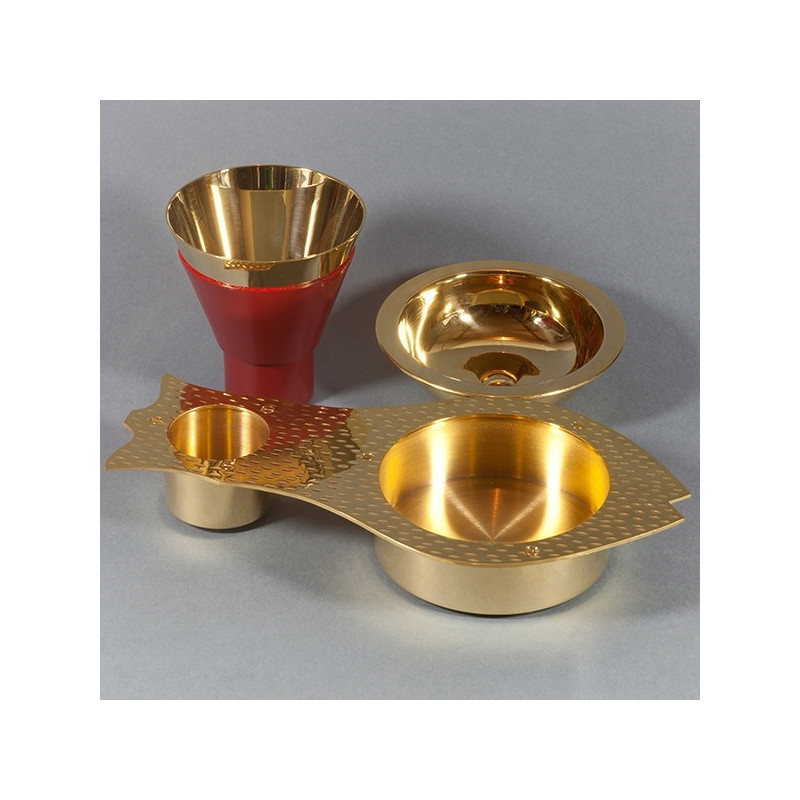 A set of chalice and paten - fish shape (70)