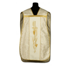 Roman chasuble cream gold - damask (12)
